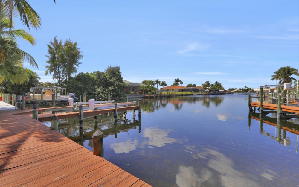4822 Agualinda Blvd, Cape Coral - Home For Sale 263855100
