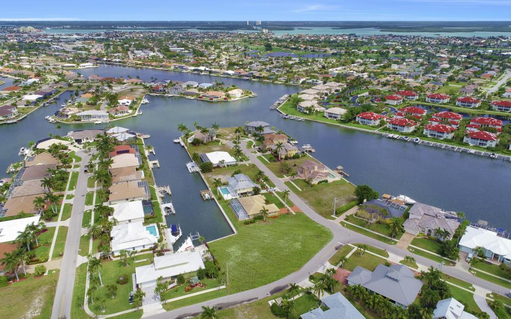 978 Bonita Ct, Marco Island - Lot For Sale 1935431512