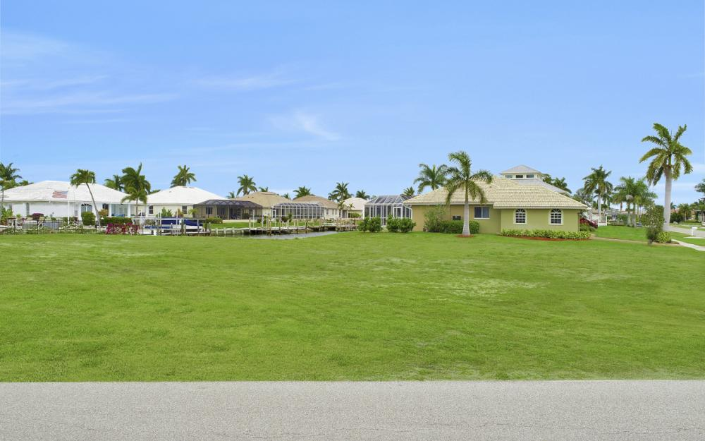 978 Bonita Ct, Marco Island - Lot For Sale 2086361636