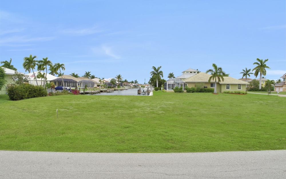 978 Bonita Ct, Marco Island - Lot For Sale 1198951297