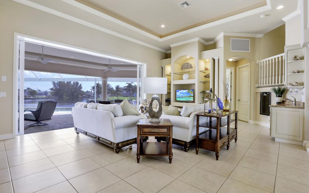 2502 SW 52nd Ln Cape Coral - Vacation Rental  1990652742