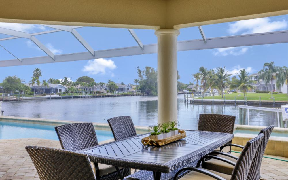 2502 SW 52nd Ln Cape Coral - Vacation Rental  1329344316