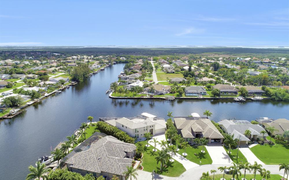 2502 SW 52nd Ln Cape Coral - Vacation Rental  517092804