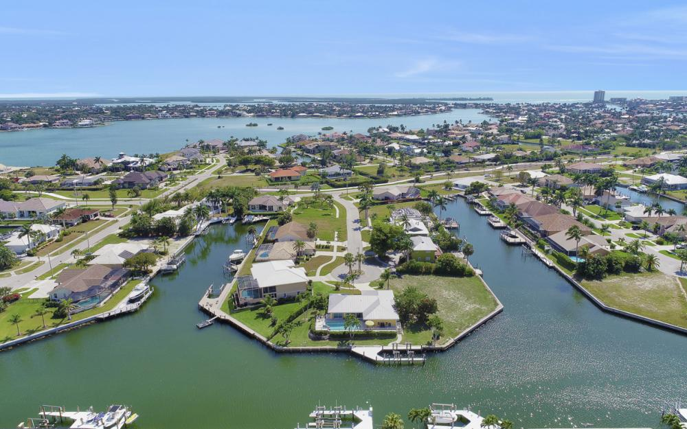 438 Capri Ct, Marco Island - Home For Sale 1024631563