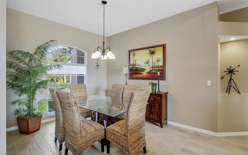 27121 Driftwood Dr, Bonita Springs - Home For Sale 1980215499