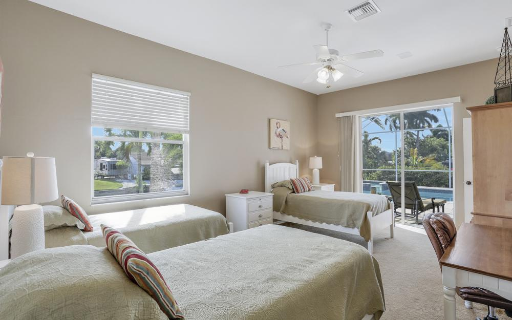 27121 Driftwood Dr, Bonita Springs - Home For Sale 1098270829