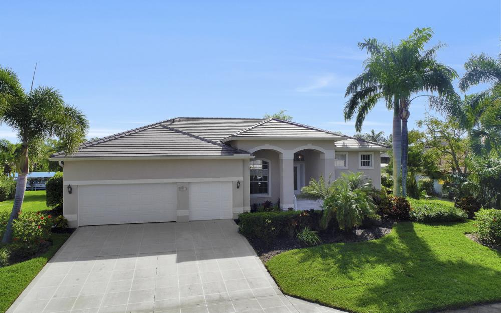 27121 Driftwood Dr, Bonita Springs - Home For Sale 1404668468