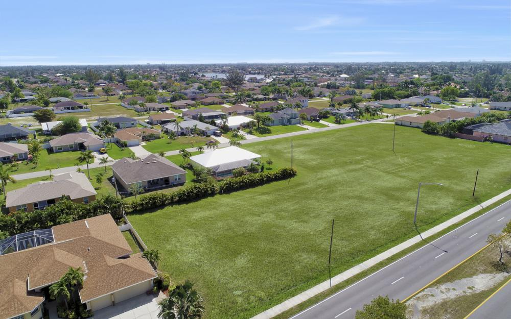 4121 Chiquita Blvd S, Cape Coral - Lot For Sale 1903830350