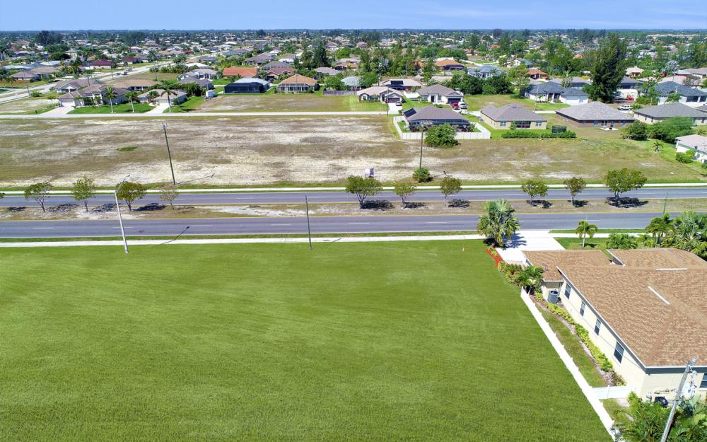4121 Chiquita Blvd S, Cape Coral - Lot For Sale 234584404