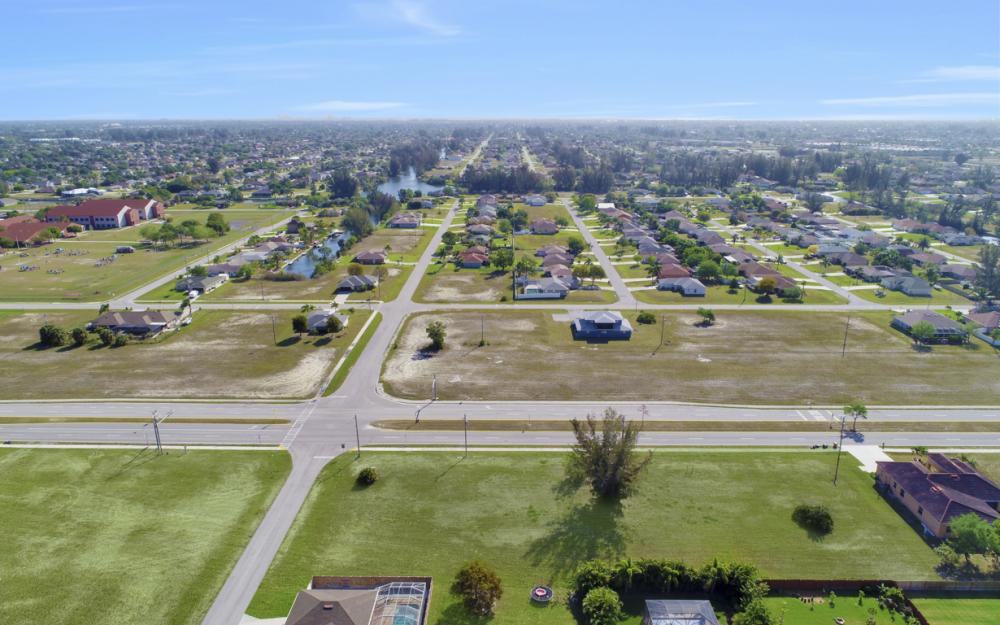 2106 Skyline Blvd, Cape Coral - Lot For Sale 177533107