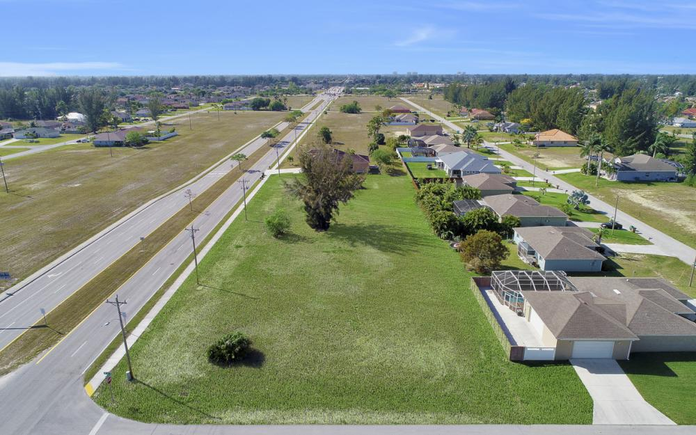 2106 Skyline Blvd, Cape Coral - Lot For Sale 605743754