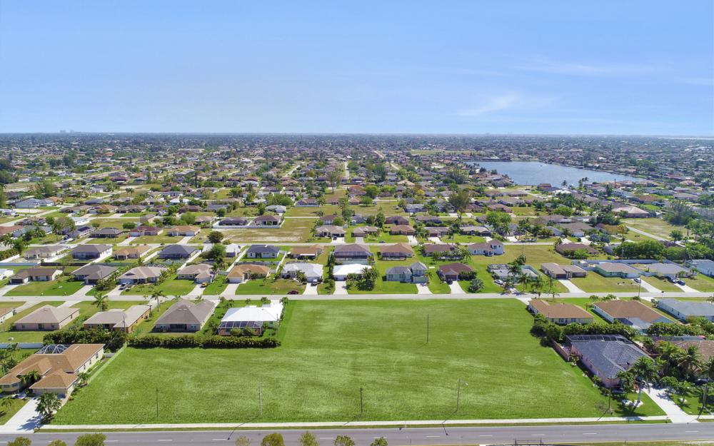 4129 Chiquita Blvd, Cape Coral - Lot For Sale 1814565851