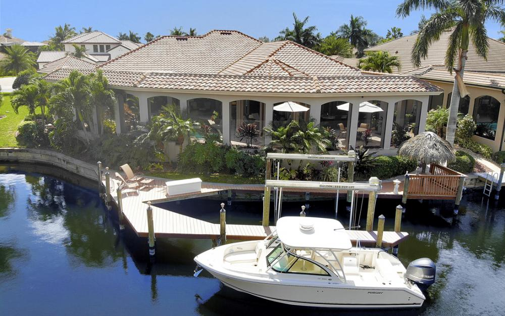 5648 Yardarm Ct, Cape Coral - Home For Sale 244595836