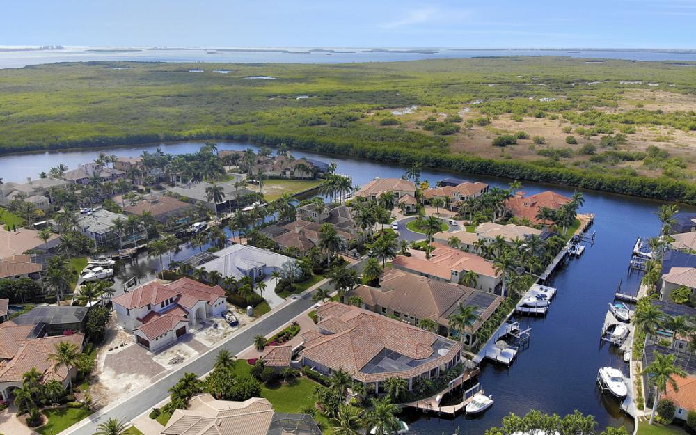 5648 Yardarm Ct, Cape Coral - Home For Sale 1783795649