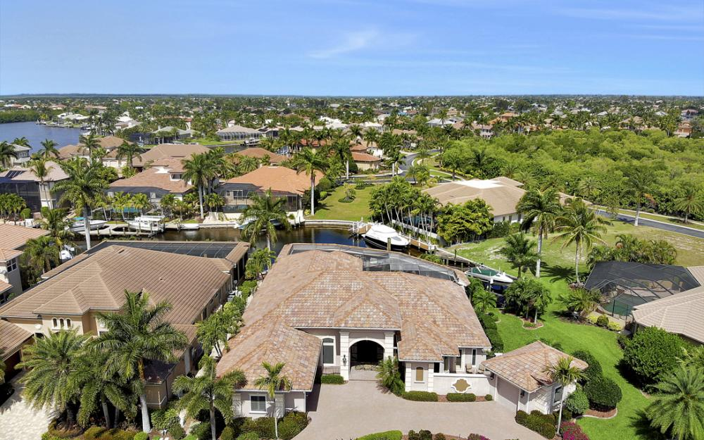 5648 Yardarm Ct, Cape Coral - Home For Sale 1692067741