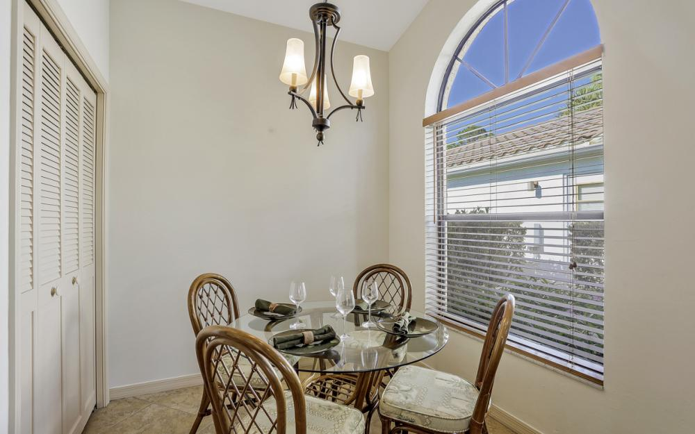 12609 Hunters Ridge Dr, Bonita Springs - Home For Sale 2038369771