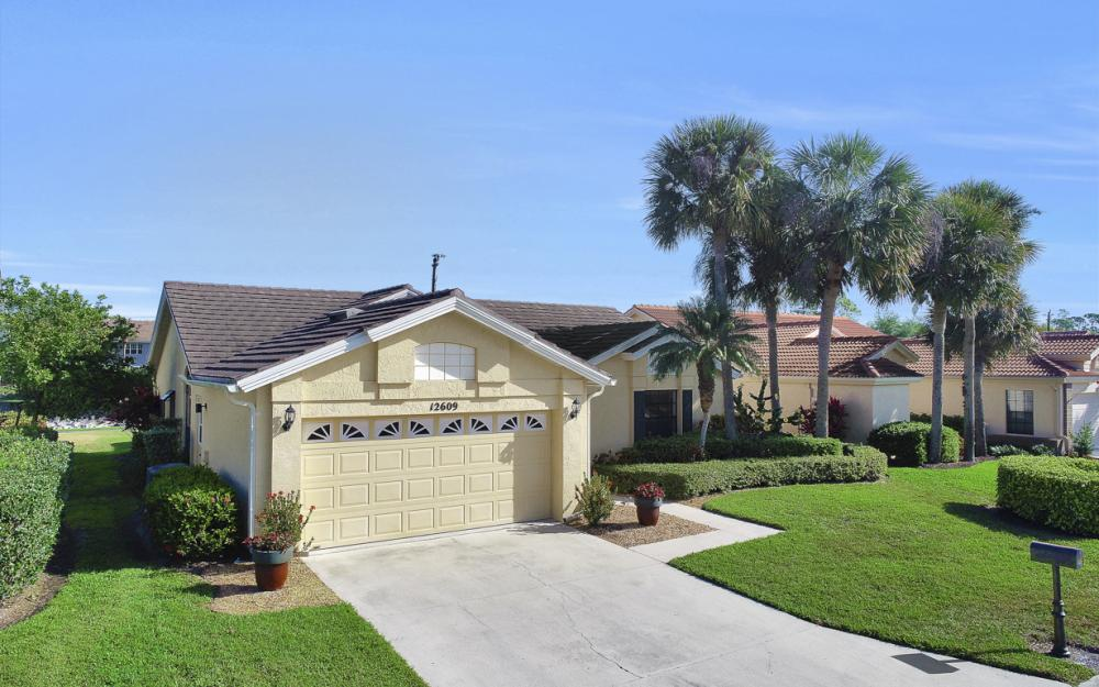12609 Hunters Ridge Dr, Bonita Springs - Home For Sale 1474751280