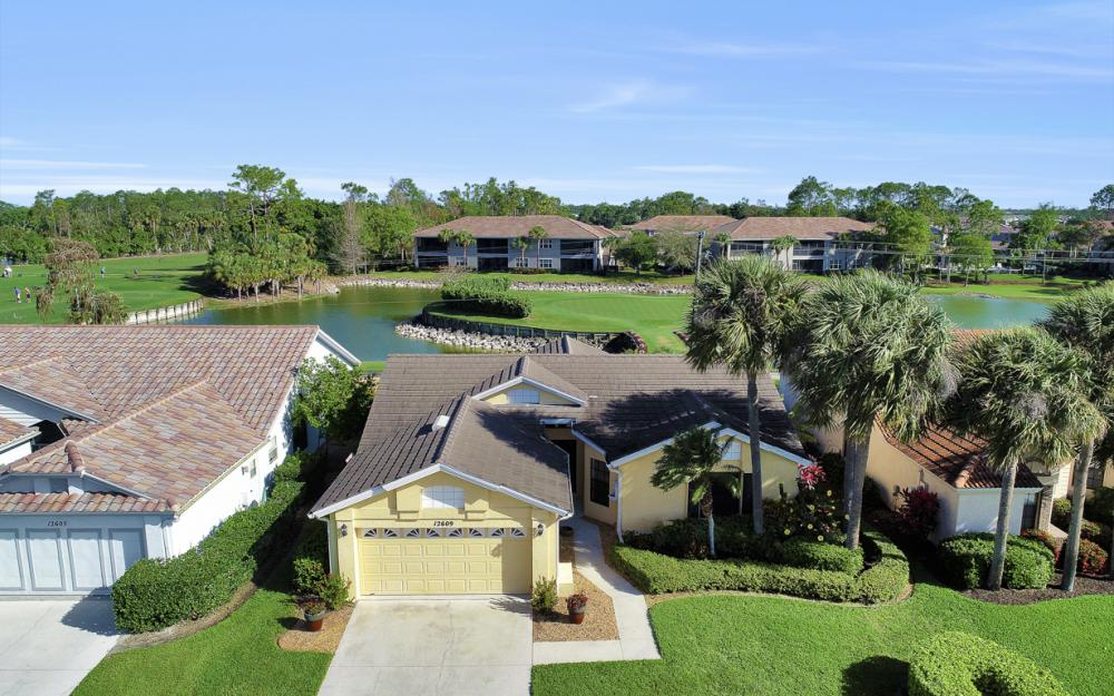 12609 Hunters Ridge Dr, Bonita Springs - Home For Sale 118728437
