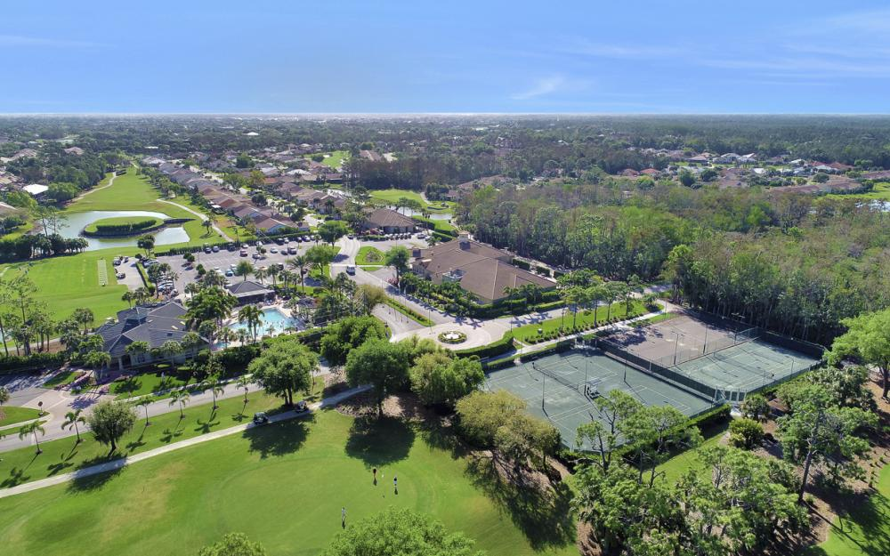12609 Hunters Ridge Dr, Bonita Springs - Home For Sale 434007054