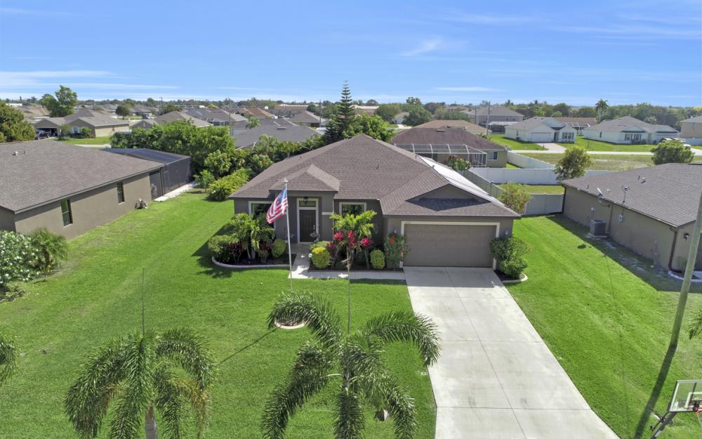 4525 SW 10th Ave, Cape Coral - Home For Sale 2129760066