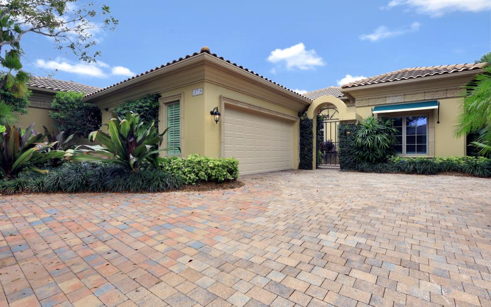 15719 Villoresi Way, Naples - Home For Sale 408870253
