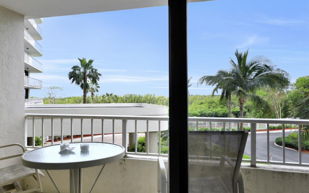440 Seaview Ct #202, Marco Island - Condo For Sale 226997444