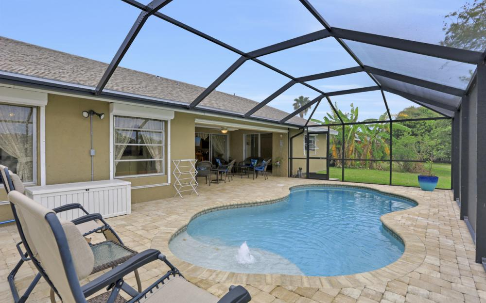 802 SE 33rd St, Cape Coral - Home For Sale 1742260118