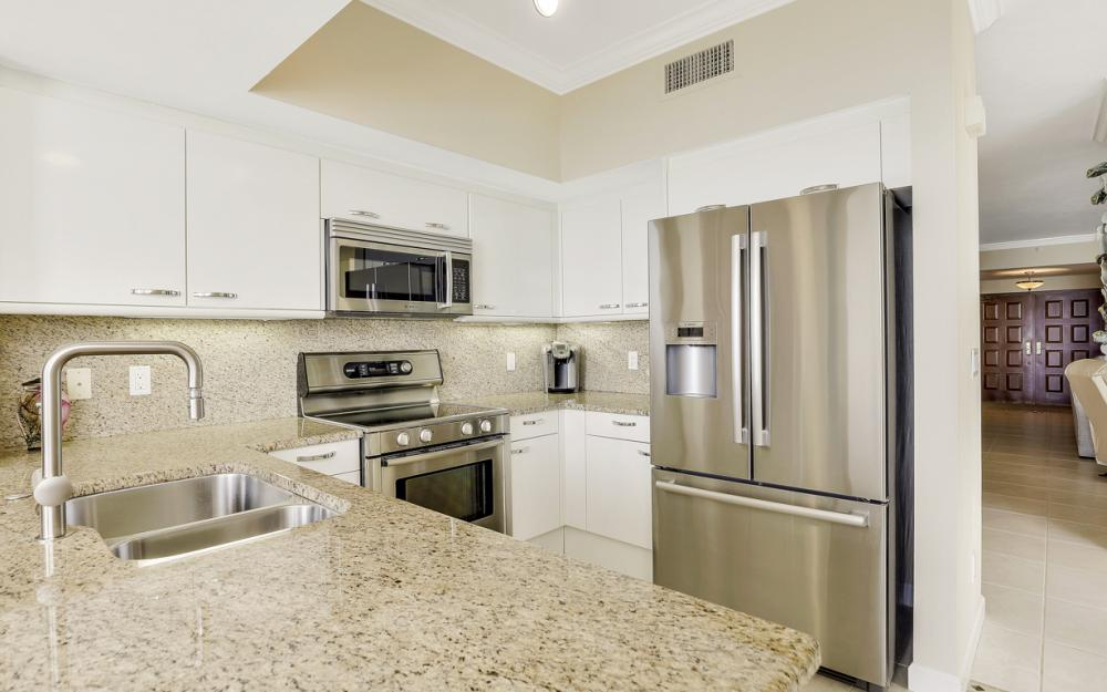 980 Cape Marco Dr #1004, Marco Island - Condo For Sale 360778566