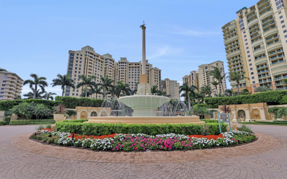 980 Cape Marco Dr #1004, Marco Island - Condo For Sale 235981926