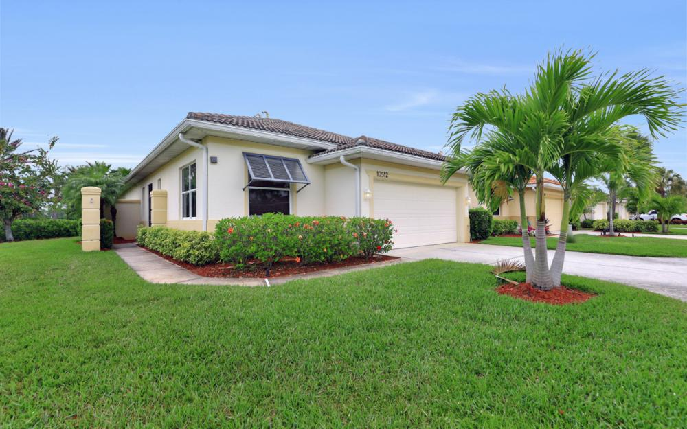 10512 Avila Cir, Fort Myers - Home For Sale 1210283615
