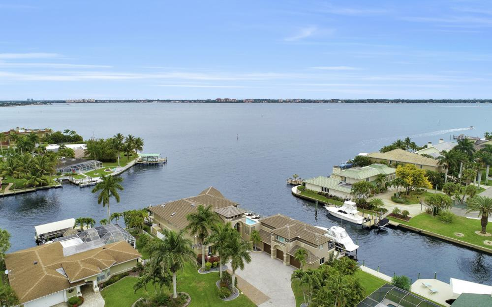 101 SW 58th St, Cape Coral - Home For Sale 8057923