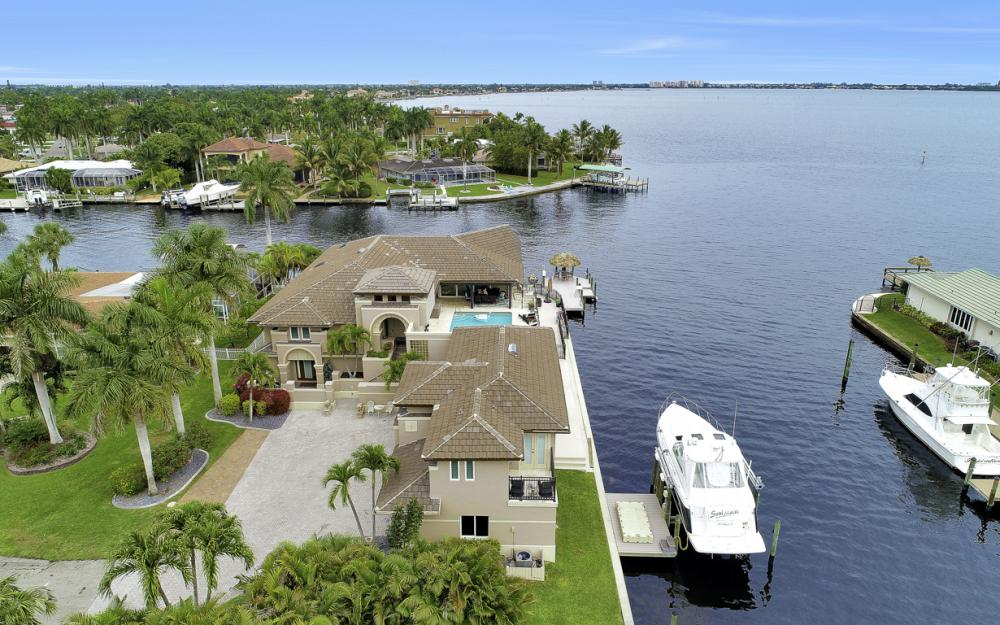 101 SW 58th St, Cape Coral - Home For Sale 88187867