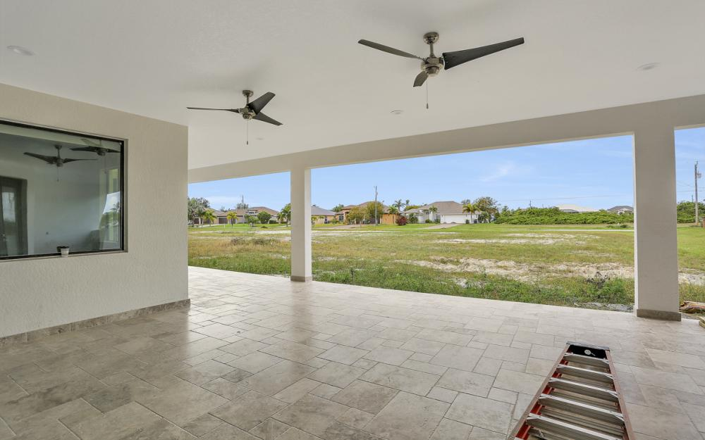 416 NW 35th Pl, Cape Coral - Home For Sale 29373643