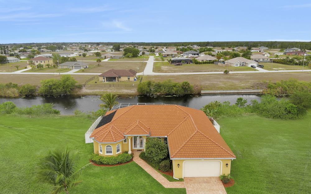3054 NW 4th Pl, Cape Coral - Home For Sale 61068469