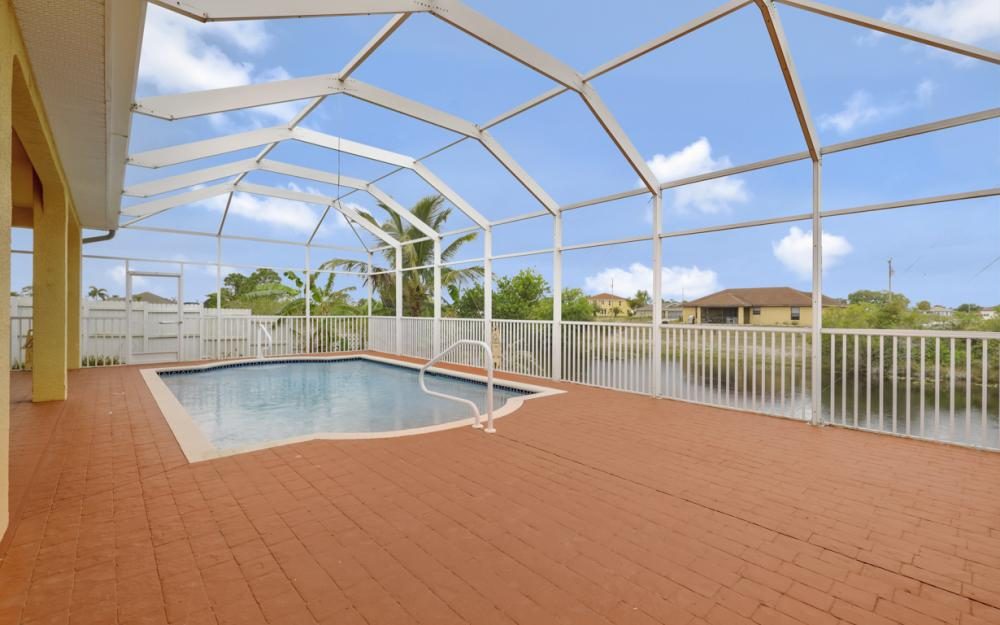 3054 NW 4th Pl, Cape Coral - Home For Sale 838735253