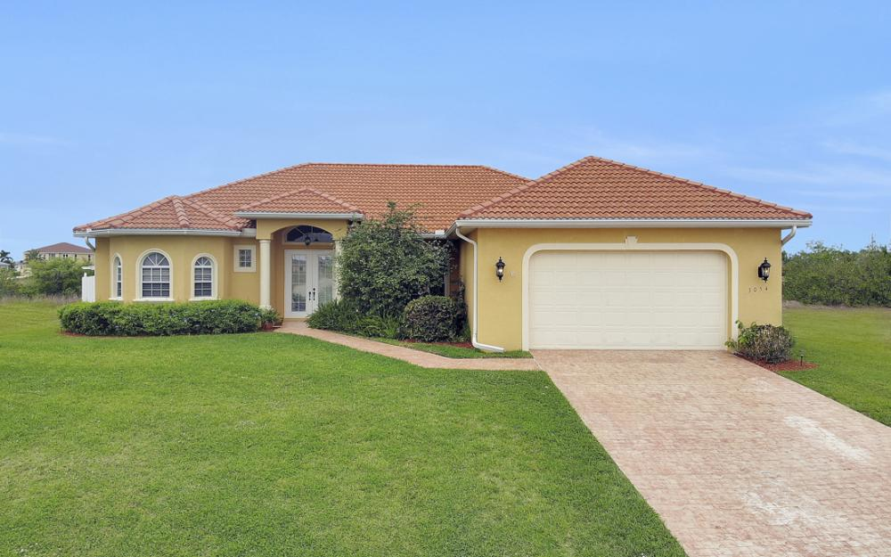 3054 NW 4th Pl, Cape Coral - Home For Sale 2002304433