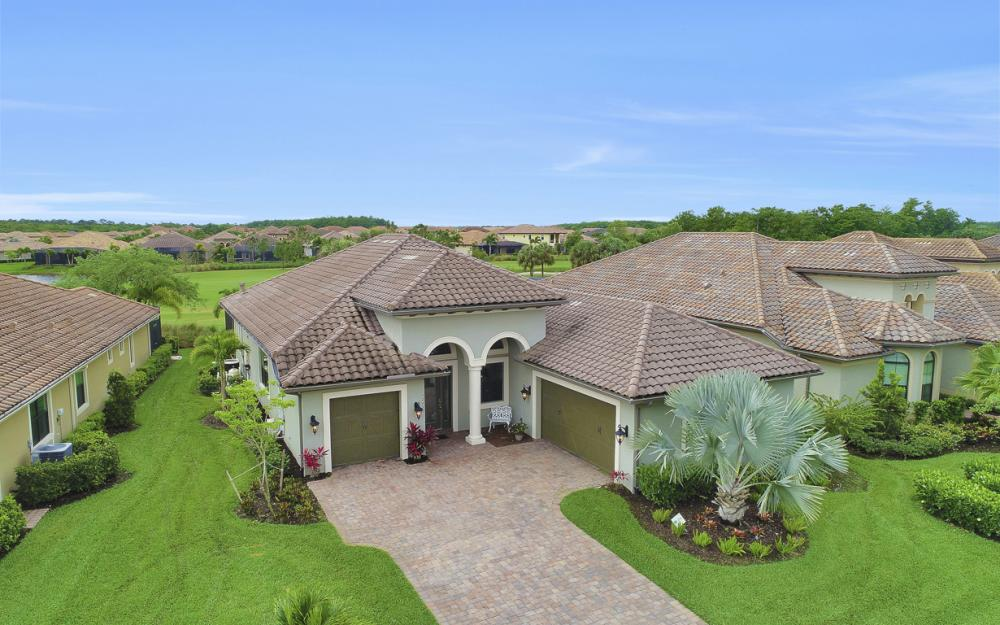12438 Lockford Ln, Naples - Home For Sale 2011863426
