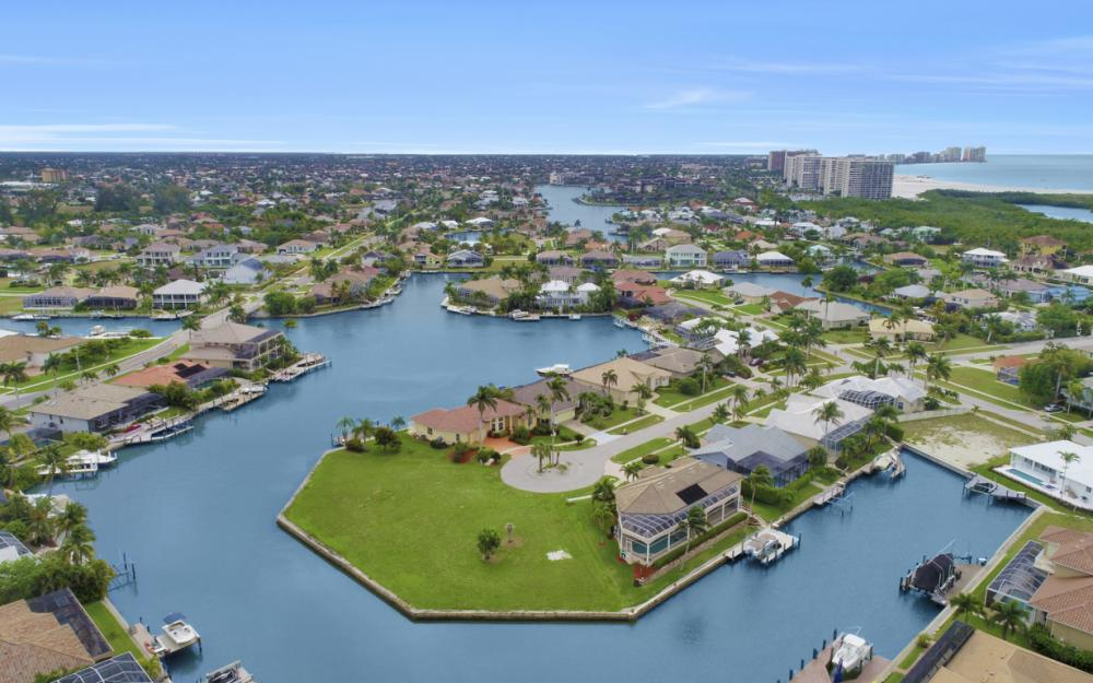 640 Blackmore Ct, Marco Island - Lot For Sale 1924456905
