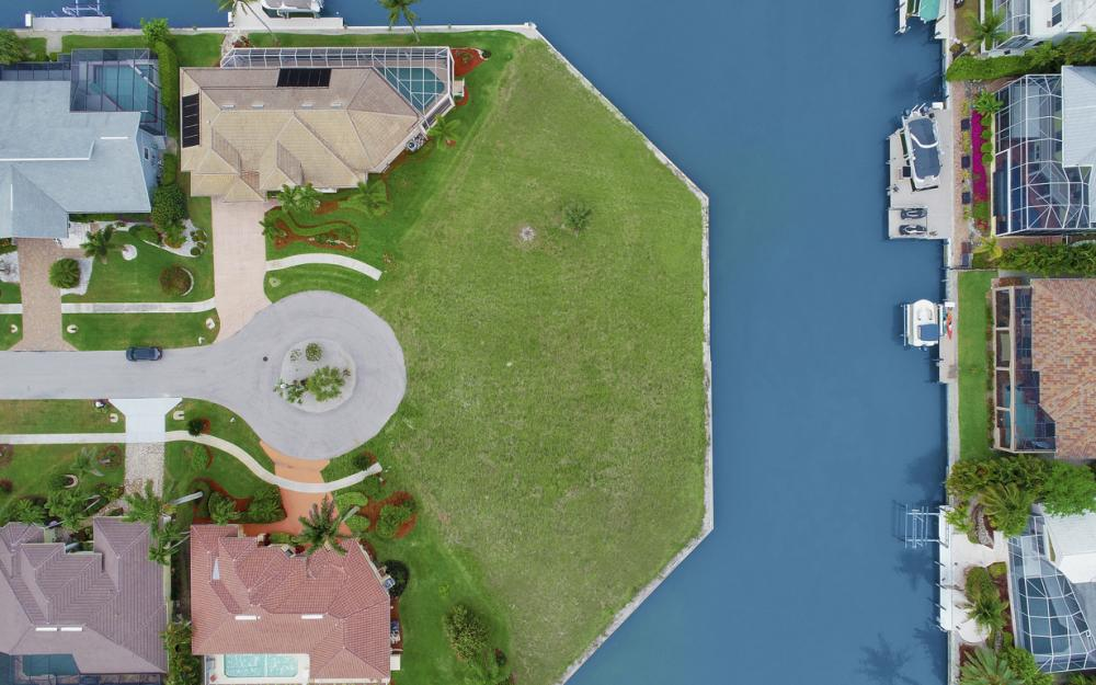 640 Blackmore Ct, Marco Island - Lot For Sale 1013812005