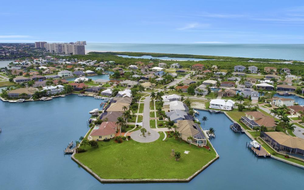 640 Blackmore Ct, Marco Island - Lot For Sale 1827636464