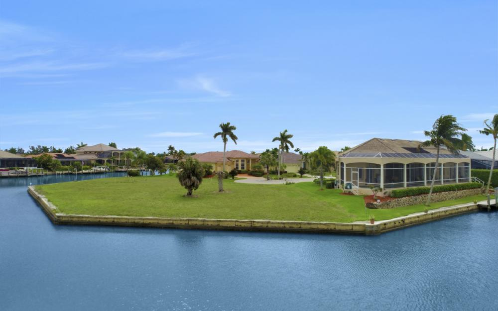 640 Blackmore Ct, Marco Island - Lot For Sale 1292563960