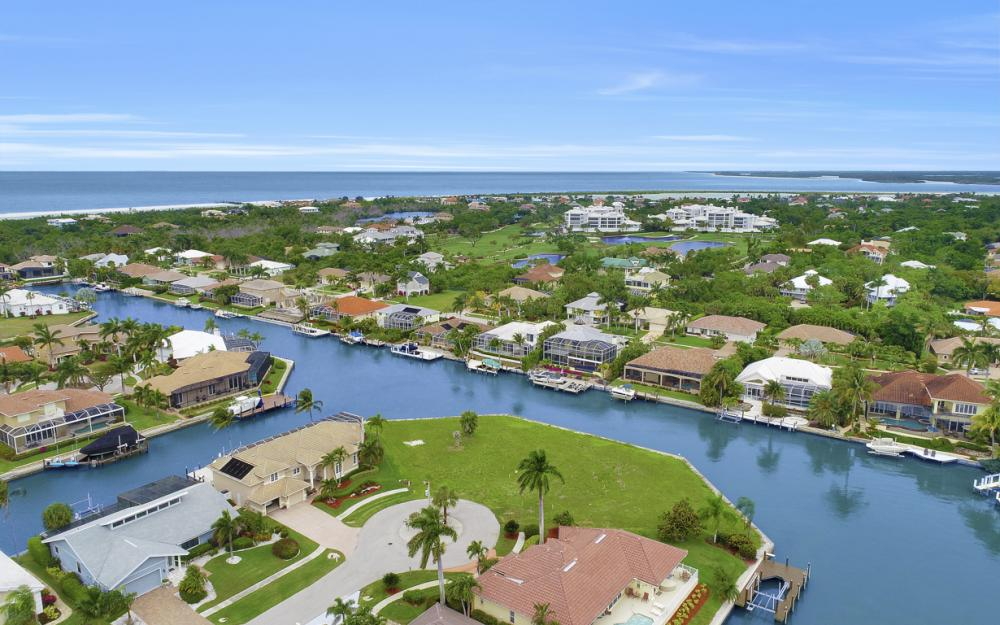 640 Blackmore Ct, Marco Island - Lot For Sale 905173100