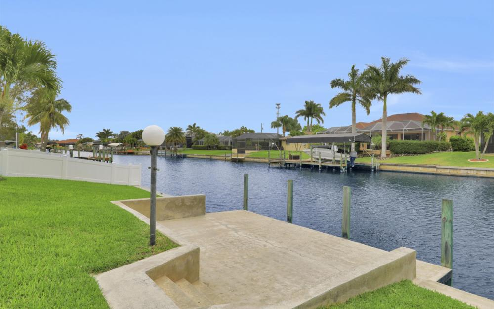 4635 SW 17th Pl, Cape Coral - Home For Sale 709346564