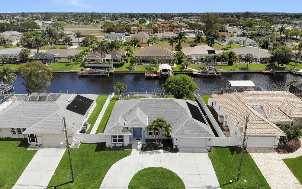4635 SW 17th Pl, Cape Coral - Home For Sale 850313022