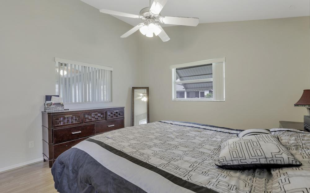 13672 Fern Trail Dr, North Fort Myers - Home For Sale 1179060773