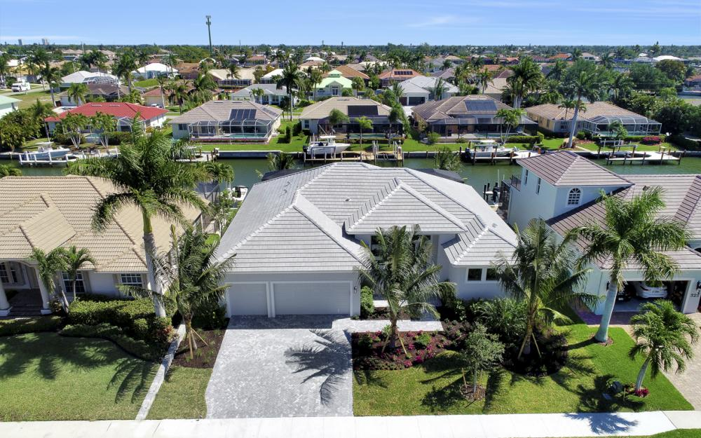 335 Marquesas Ct, Marco Island - Home For Sale 85695359