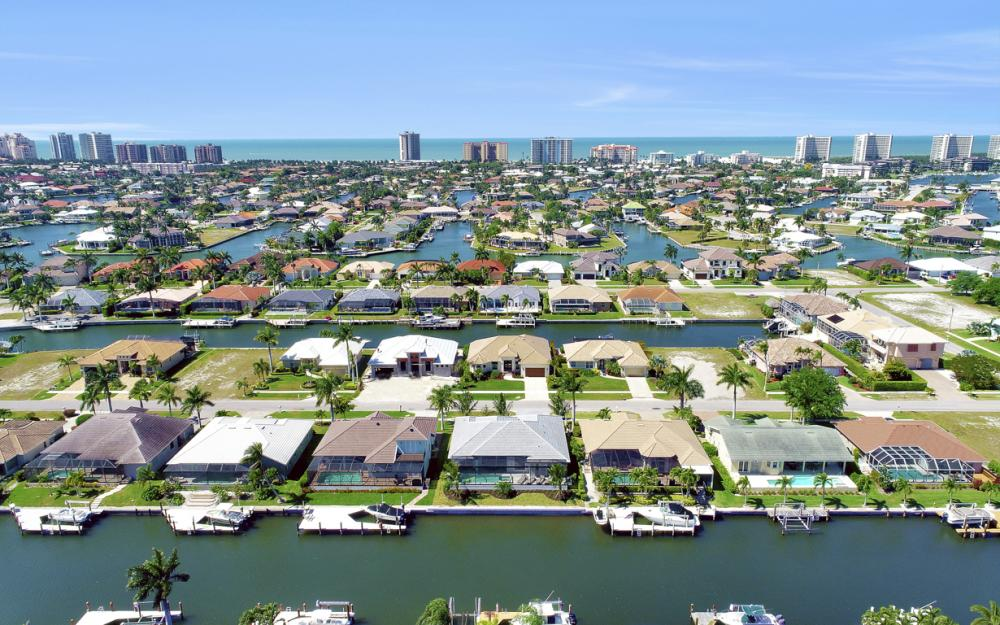 335 Marquesas Ct, Marco Island - Home For Sale 1532469708