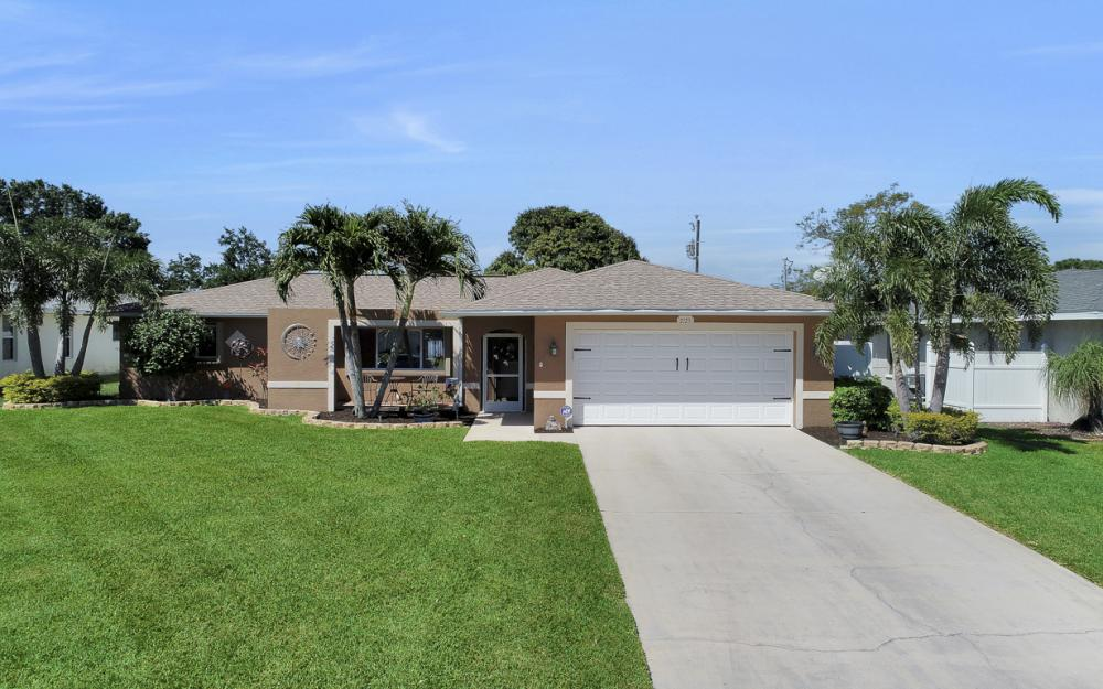 2125 Bolado Pkwy, Cape Coral - Home For Sale 1577592962
