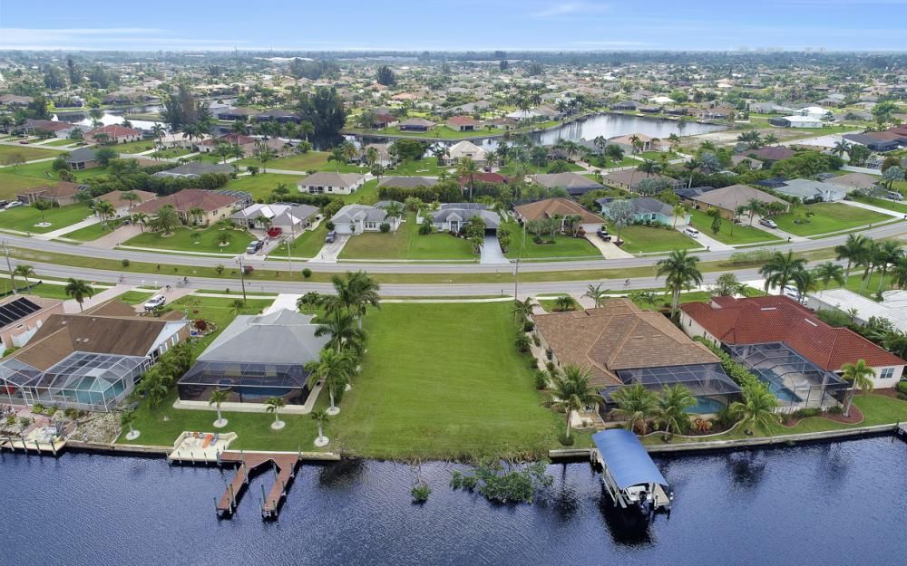 2948 Surfside Blvd, Cape Coral - Lot For Sale 711069863