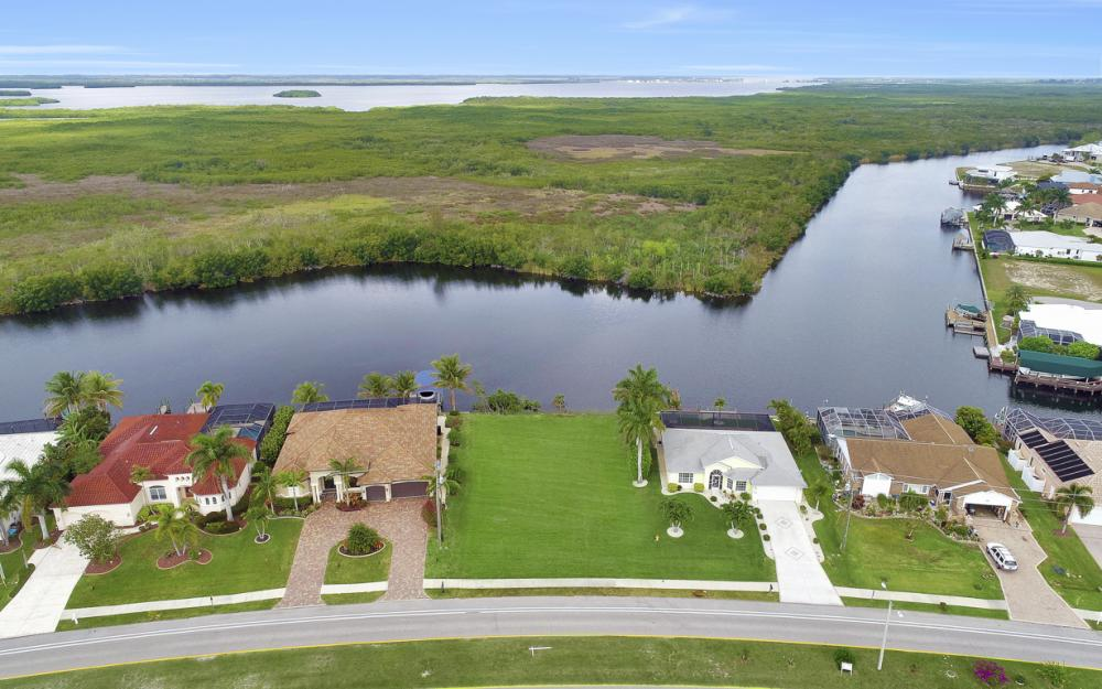 2948 Surfside Blvd, Cape Coral - Lot For Sale 249937250